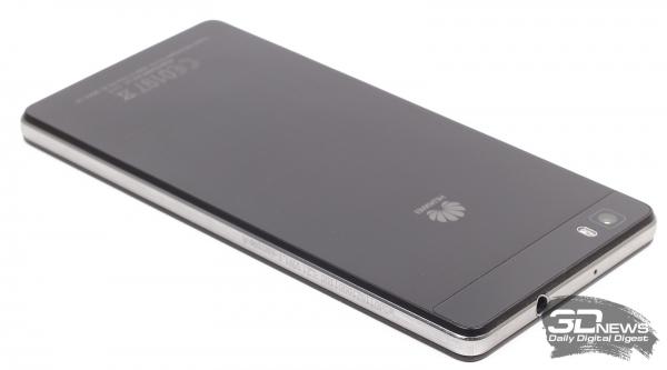 Huawei P8 Lite – боковые стороны