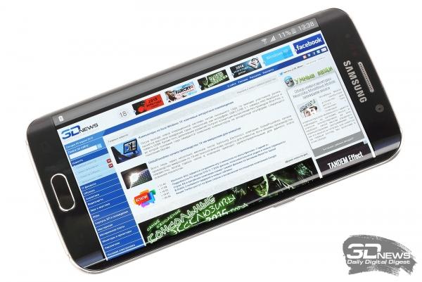 Samsung GALAXY S6 Edge со включенным экраном