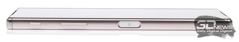 Sony Xperia Z5 Premium – правый торец
