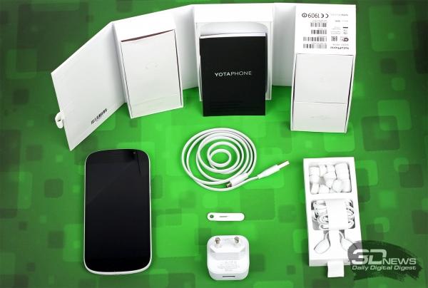 Yotaphone 2 – комплект поставки