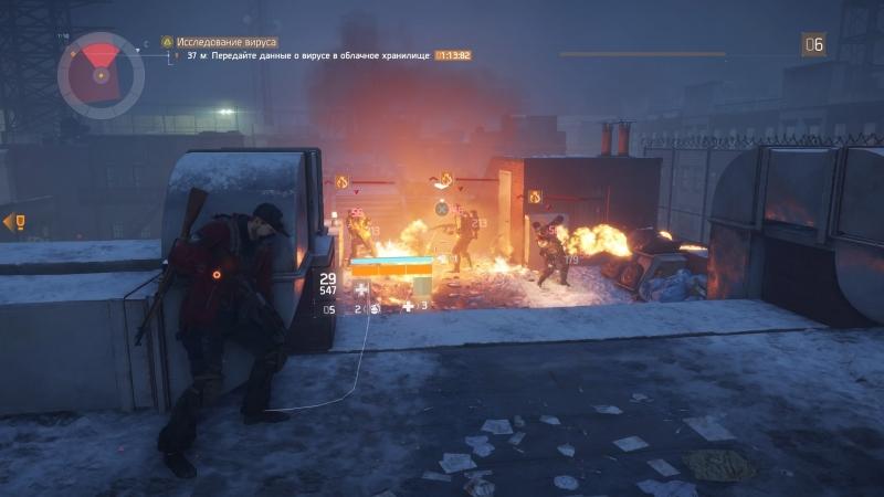 Одной удачно брошенной гранатой можно избавиться от отряда ничего не подозревающих врагов